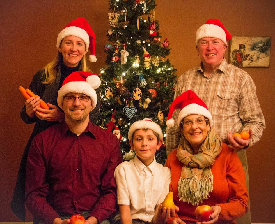 swoveland family forgoes christmas gifts donates to support a local family for all of 2015