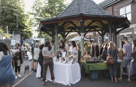Picot Night Market