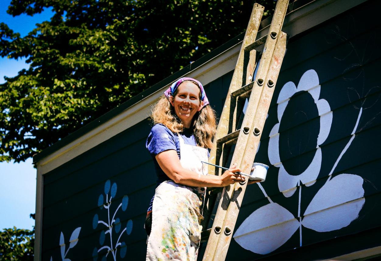 Beth Threlfall - Fernwood Mural Festival - Fernwood NRG